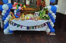 Làm tiệc sinh nhật tại nhà cho bé